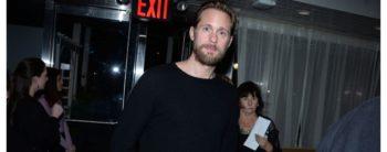 Alexander Skarsgård donnera du fil à retordre à la famille Roy dans la saison 3 de « Succession »