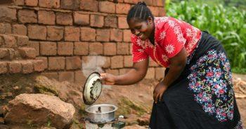 Portrait : Elizabeth Chioza Nkhoma, une sorcière à Chisumbu