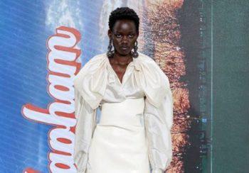 Défilé Andreas Kronthaler For Vivienne Westwood Prêt à porter printemps-été 2022