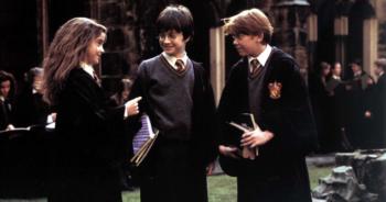 Quatre sœurs trouvent un exemplaire d'« Harry Potter » estimé à 34 000 euros dans les affaires de leur mère