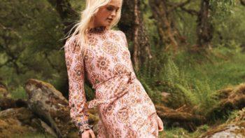 Robes fluides : 9 modèles flatteurs qui vont faire notre automne